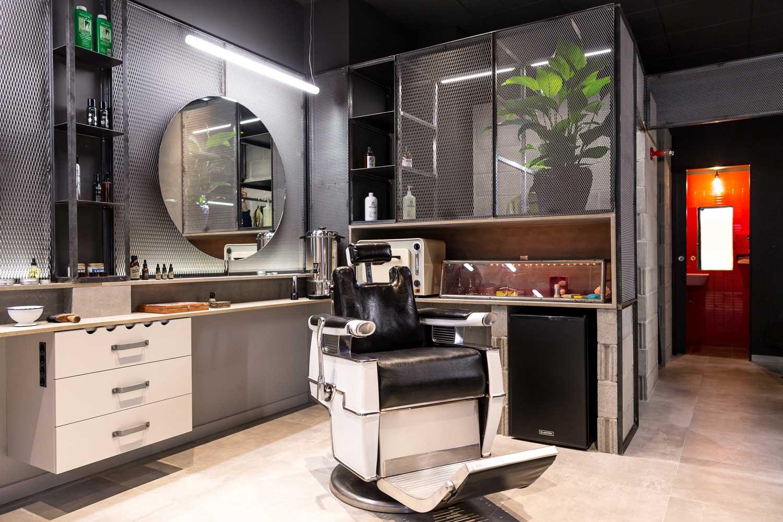 zona interior de trabajo barbería