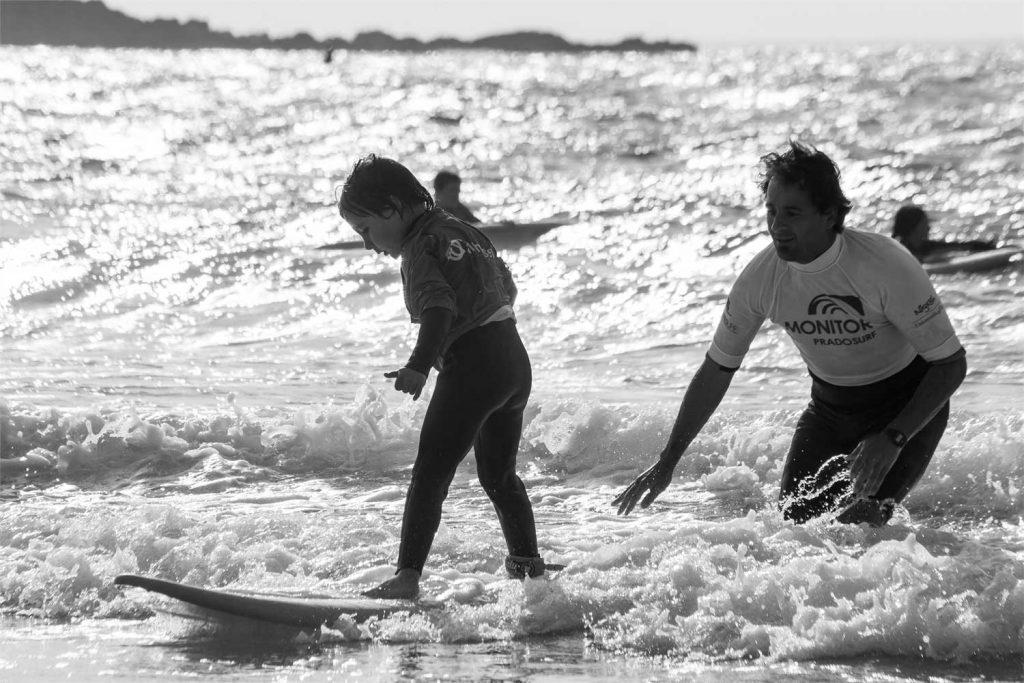Reportaje de cóo aprender a hacer surf en vigo